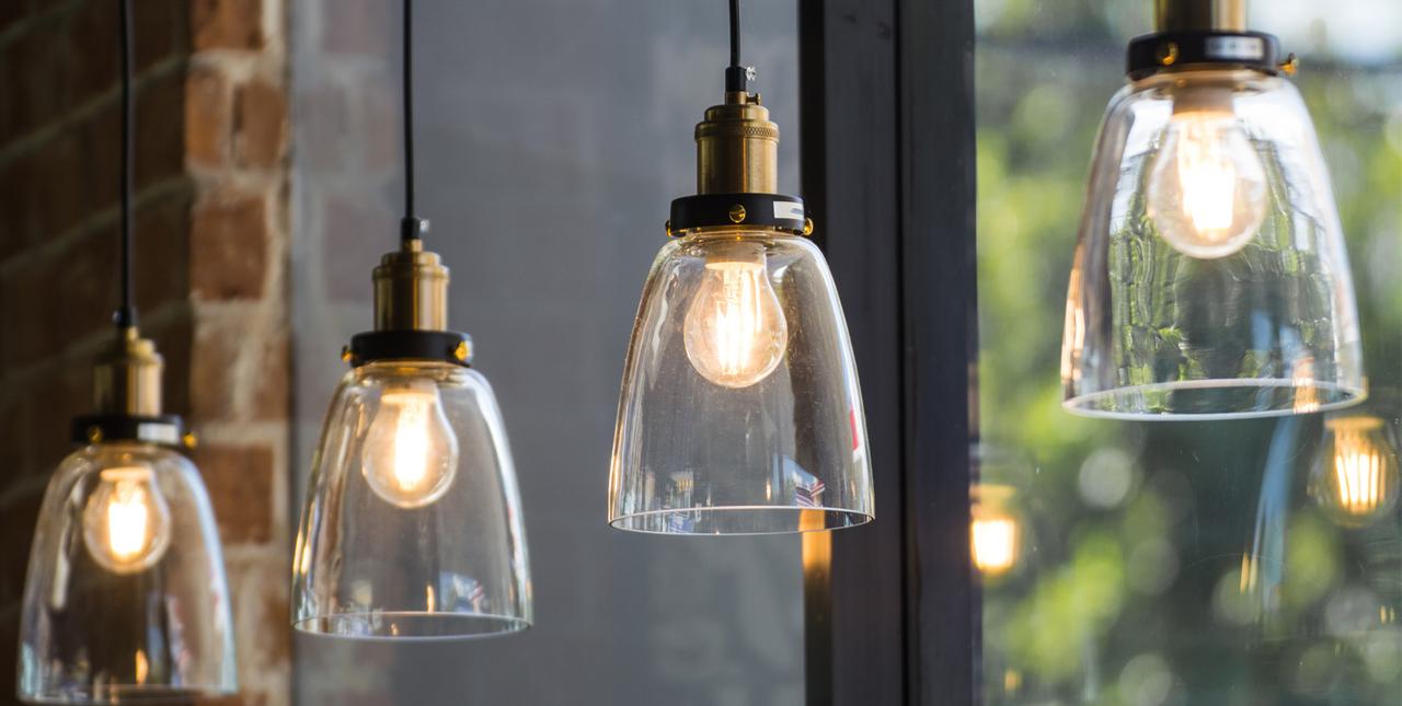 Notre sélection de luminaires pour un intérieur éclairé