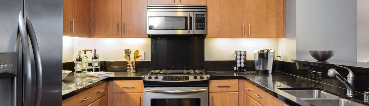 Une cuisine en bois moderne, c'est possible !